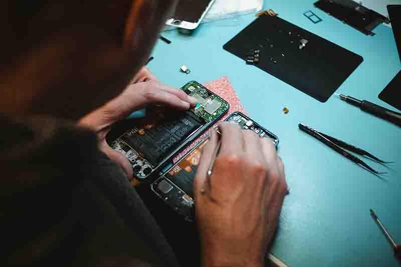 Mobile repair in Dubai